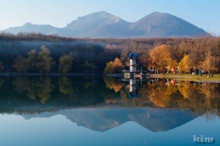 Фото Декоративное озеро (Железноводск)