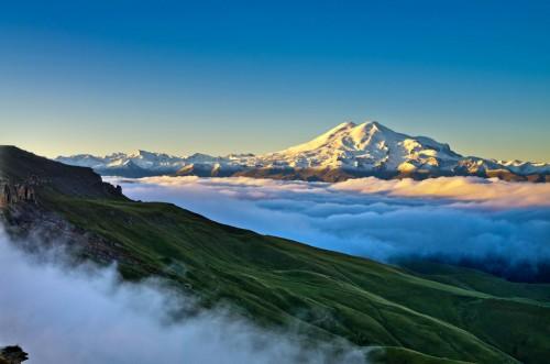 Фото Эльбрус с плато Бермамыт...