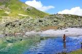 В горном озере Архыза
