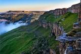 Рассвет на плато Бермамыт.